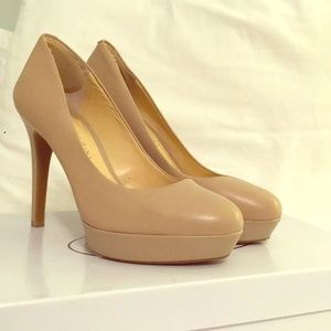 Gianni Bini leather platform nude heels